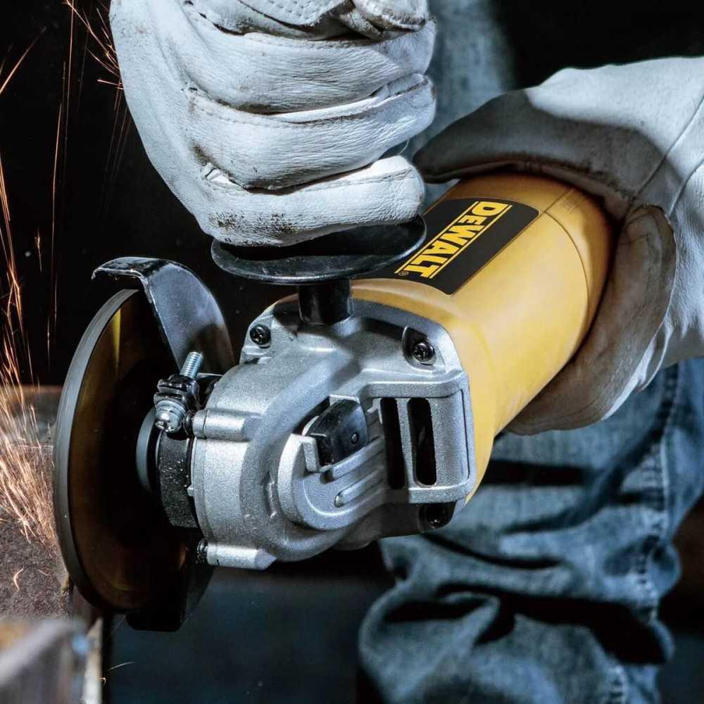 Taladro Percutor 13mm 710w + Esmeril Angular 115mm 700w DeWalt DWD024-DWE4010